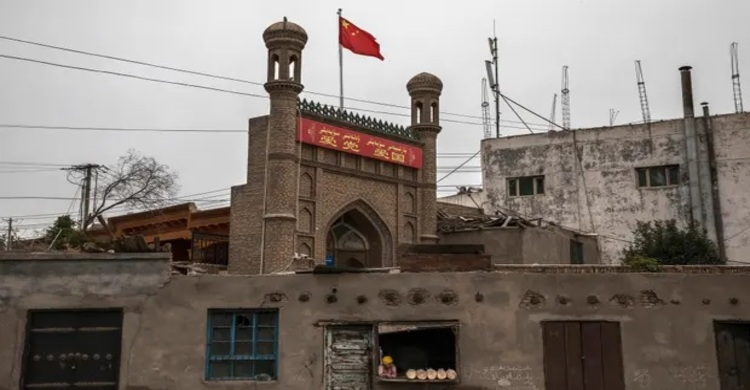 Thousands of Xinjiang mosques destroyed or damaged