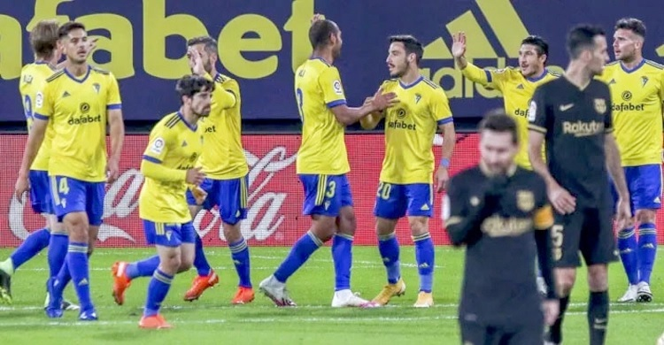 Barca lose to Cadiz for first time since 1991
