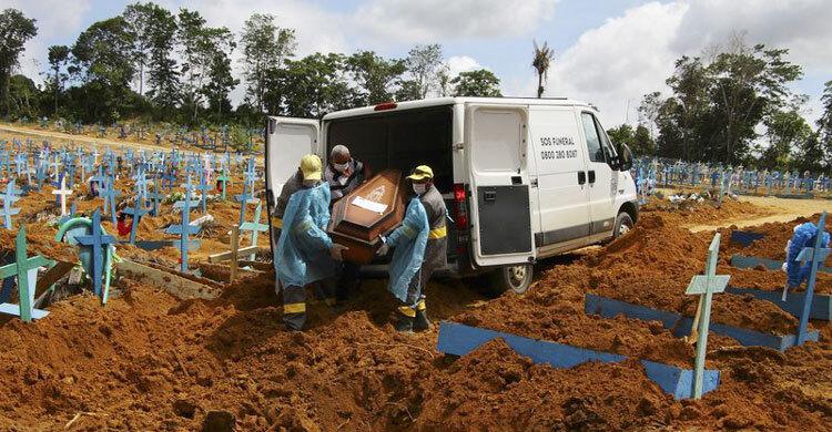 Global coronavirus death toll hits 2 million