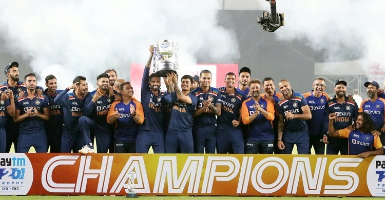 India clinch England T20I series
