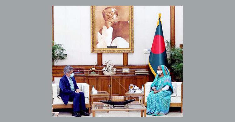 PM stresses establishing peace for development
