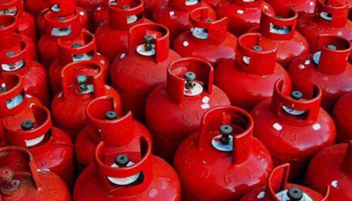 Tk 975 for 12 kg LPG cylinder at retailer level