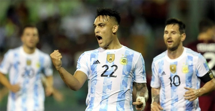 Argentina, Brazil win World Cup qualifiers; Colombia draws